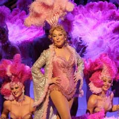 Bette Midler performing at Caesars Palace
