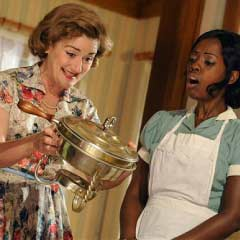 Sophie Thompson and Lorna Brown in Clybourne Park