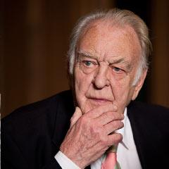 Donald Sinden dies aged 90