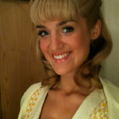 Lauren Samuels as Sandy in Grease