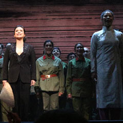 Stars come out for Miss Saigon 25th Anniversay