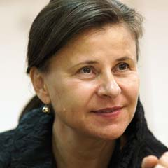 Tracey Ullman rehearsing My City at the Almeida Theatre