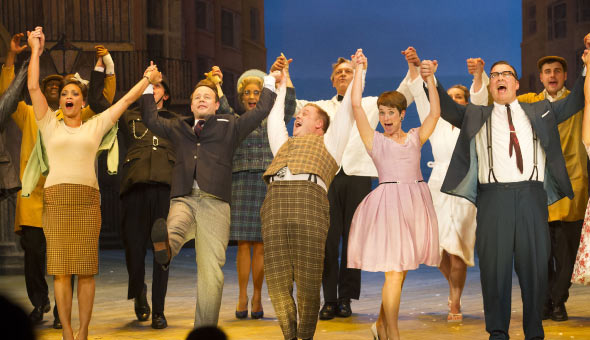 The cast of One Man, Two Guvnors at the curtain call. Photo: Dan Wooller