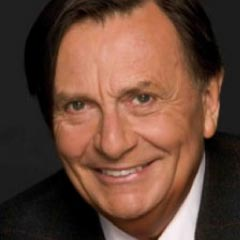 BARRY HUMPHRIES in Barry Humphries' Farewell Tour Eat, Pray, Laugh!