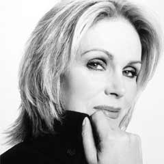 JOANNA LUMLEY in The Lion in Winter
