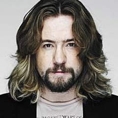 Justin Lee Collins to join the cast of Rock of Ages