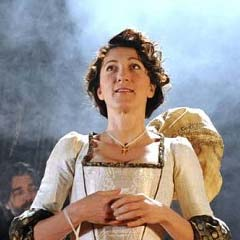 Eve Best in The Duchess of Malfi
