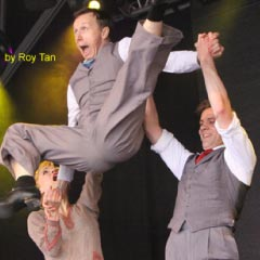 The cast of Singin' in the Rain at West End Live
